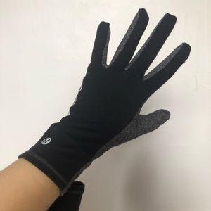 Lululemon running gloves